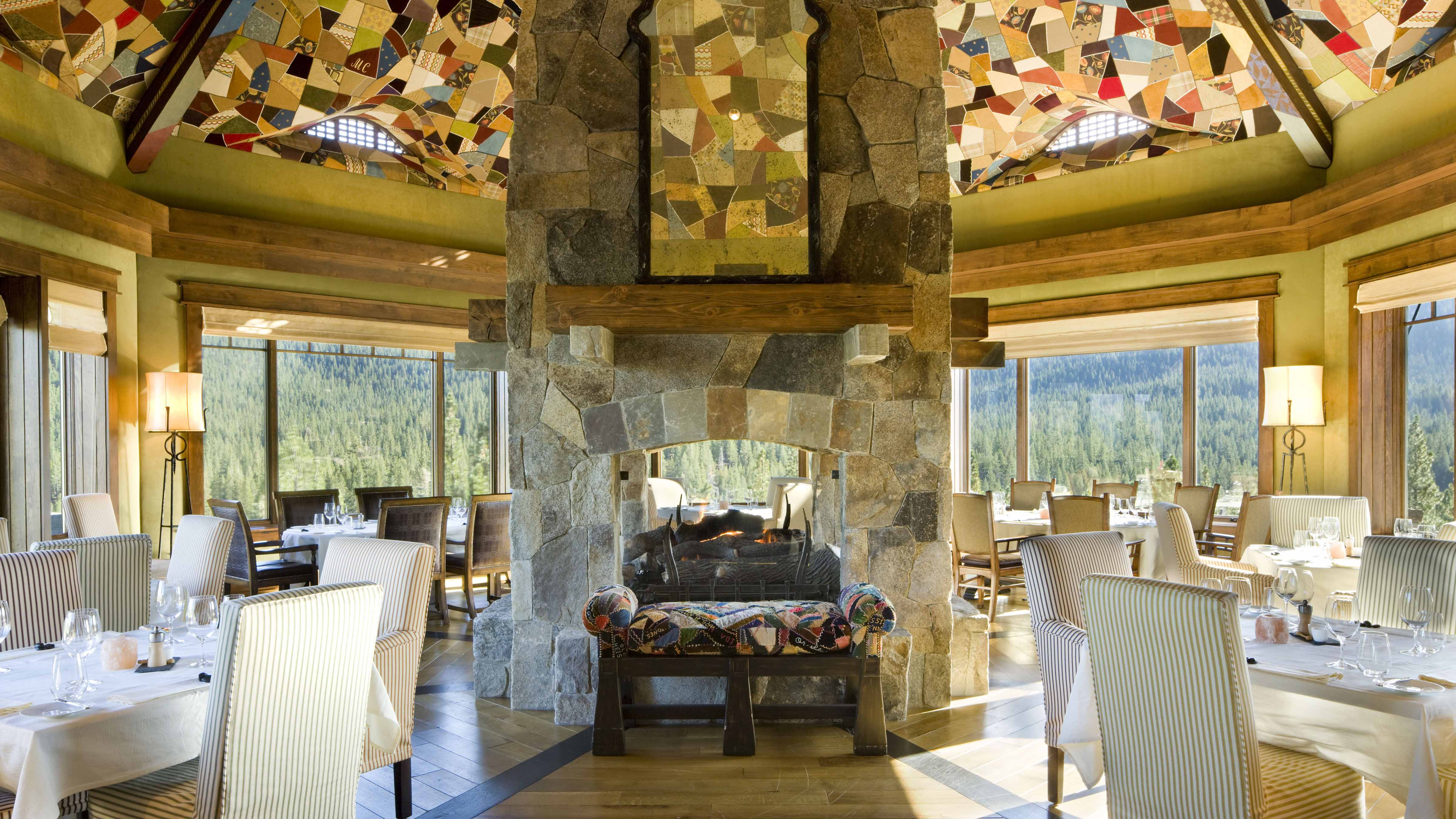 Martis Camp Lodge Golf Clubhouseformal Dining