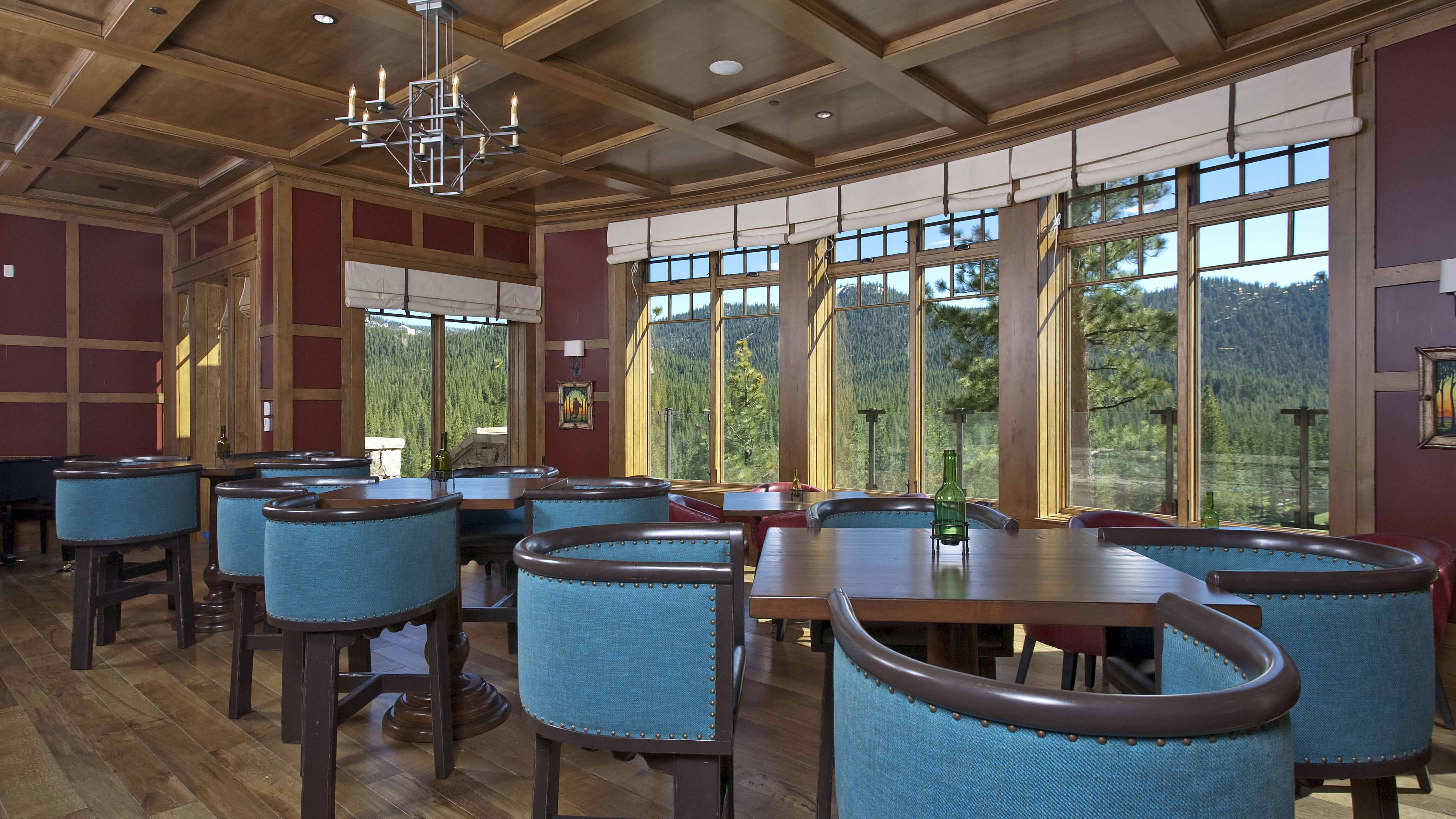 Martis Camp Lodge Golf Clubhouseinteriors Of Dining