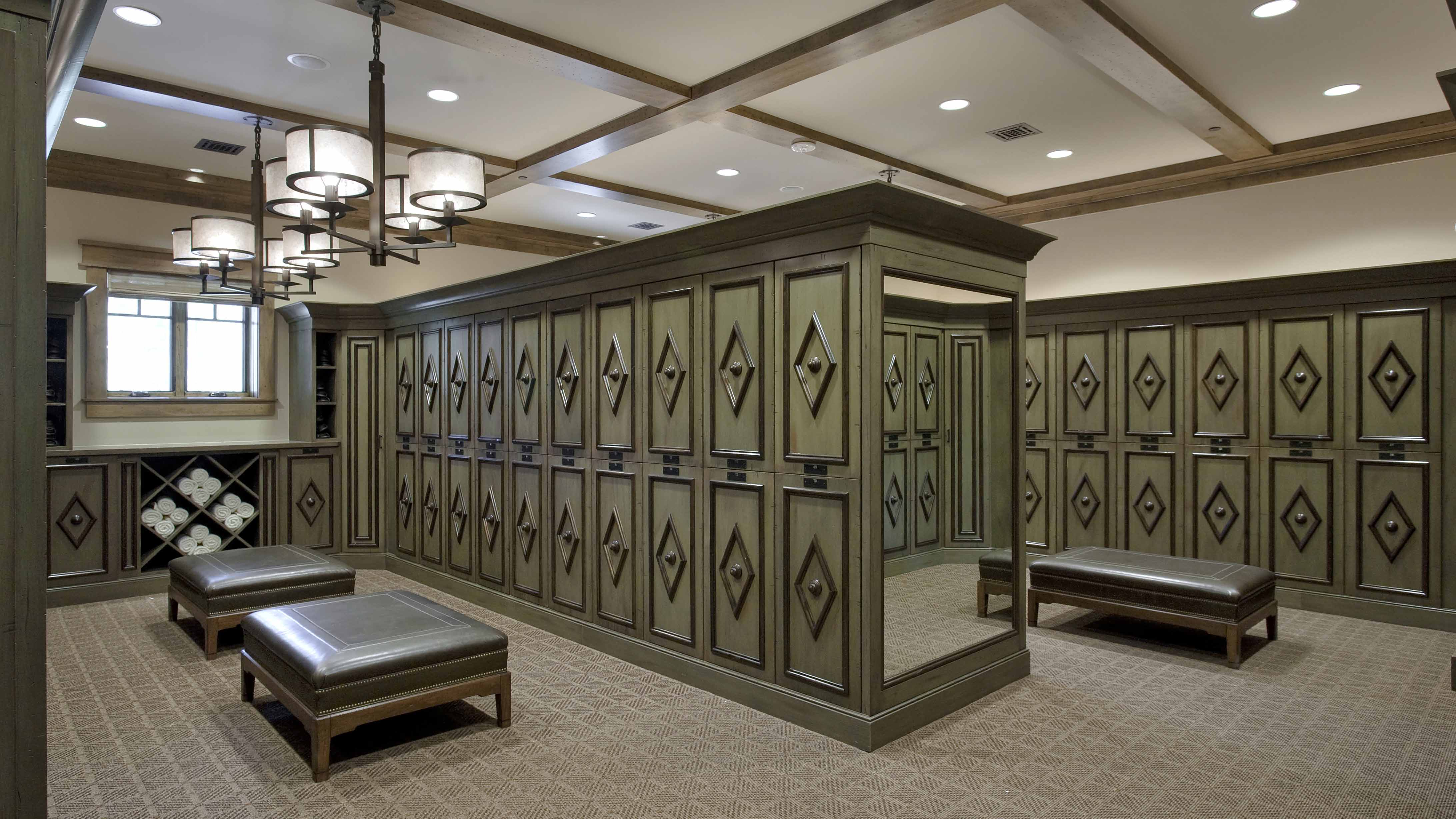 Martis Camp Lodge Golf Clubhouseinteriors Of Locker Room